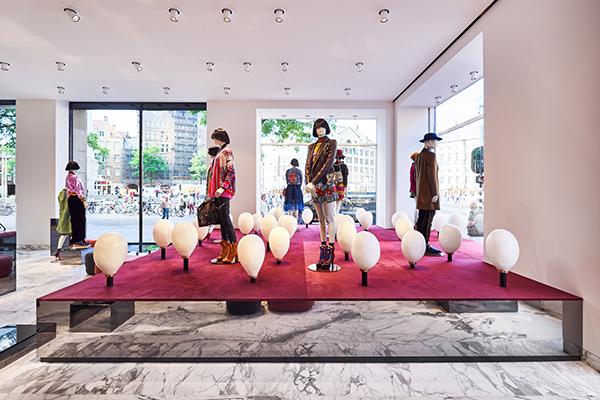 Lichtontwerp Bijenkorf Amsterdam door Beersnielsen Lichtontwerpers