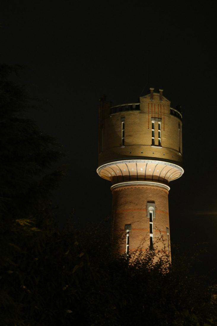 Beersnielsen belicht Watertoren in Den Helder