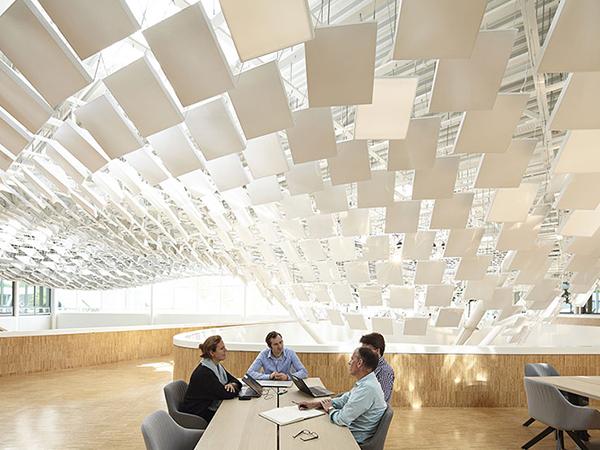 Lichtontwerp Signify HQ Eindhoven door Beersnielsen Lichtontwerpers