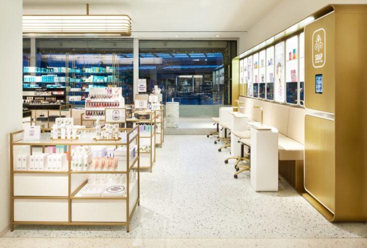 Lichtontwerp van de Bijenkorf Rotterdam door Beersnielsen lichtontwerpers