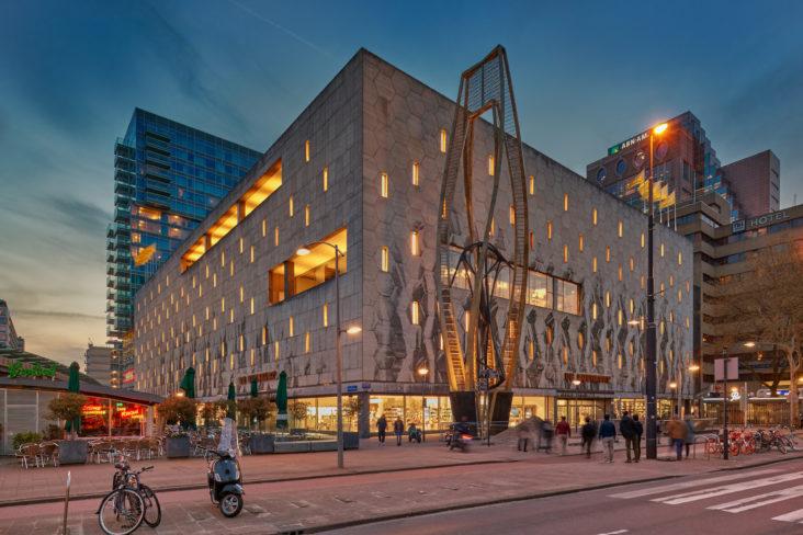 Gevel Bijenkorf Rotterdam_lichtplan Beersnielsen